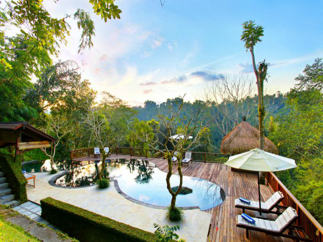 The best view in bali bali accommodation honeycombers bali for Great hotels in bali