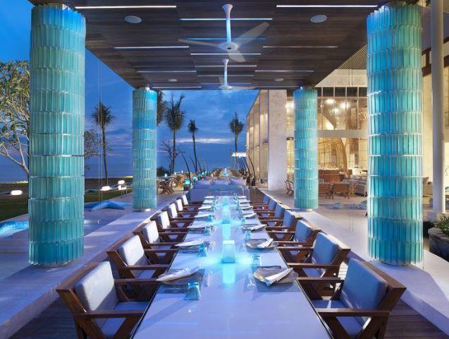 Restaurants on the beach: Starfish Bloo
