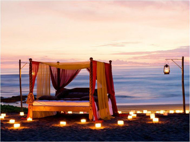 Ten Romantic Things To Do In Bali: Sunrises, Special Meals and Secluded Picnics across the island