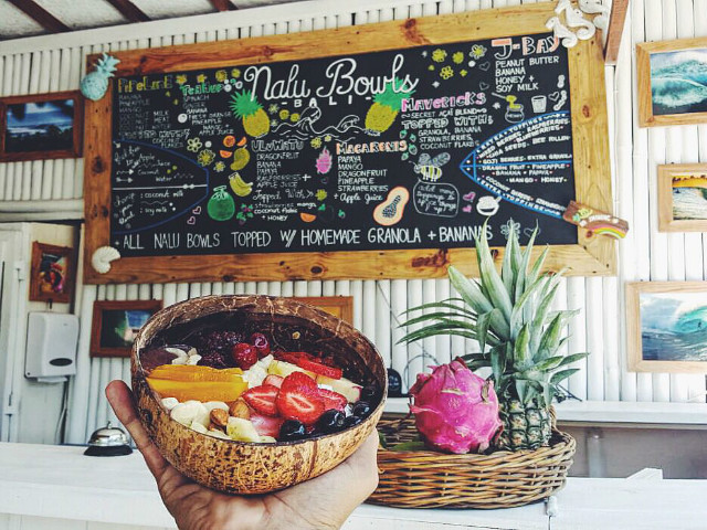 Instagram worthy places in Bali: Nalu Bowls