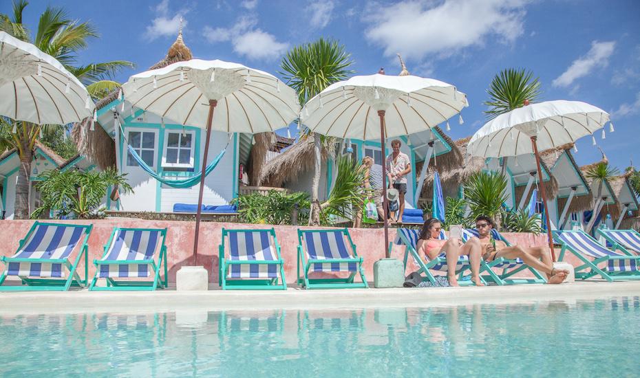 Best beach clubs in Bali - Le Pirate Nusa Ceningan