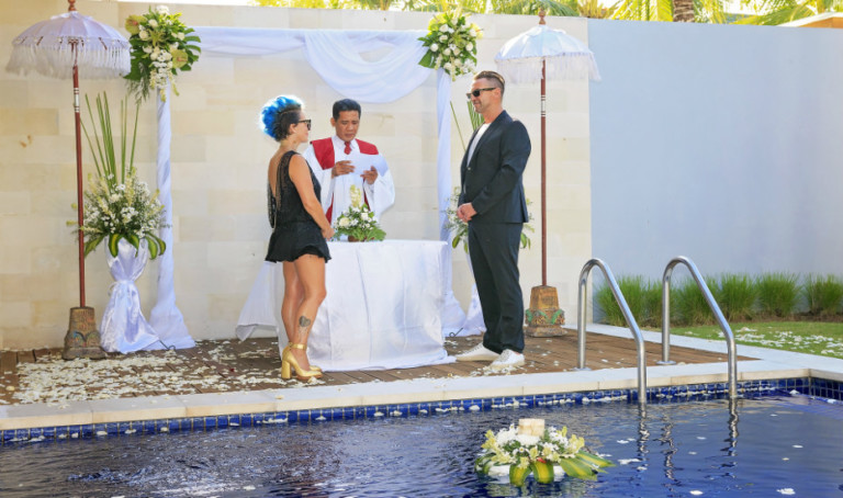 This Intimate Wedding Venue in Bali is the Perfect Choice for a Simple Destination Wedding