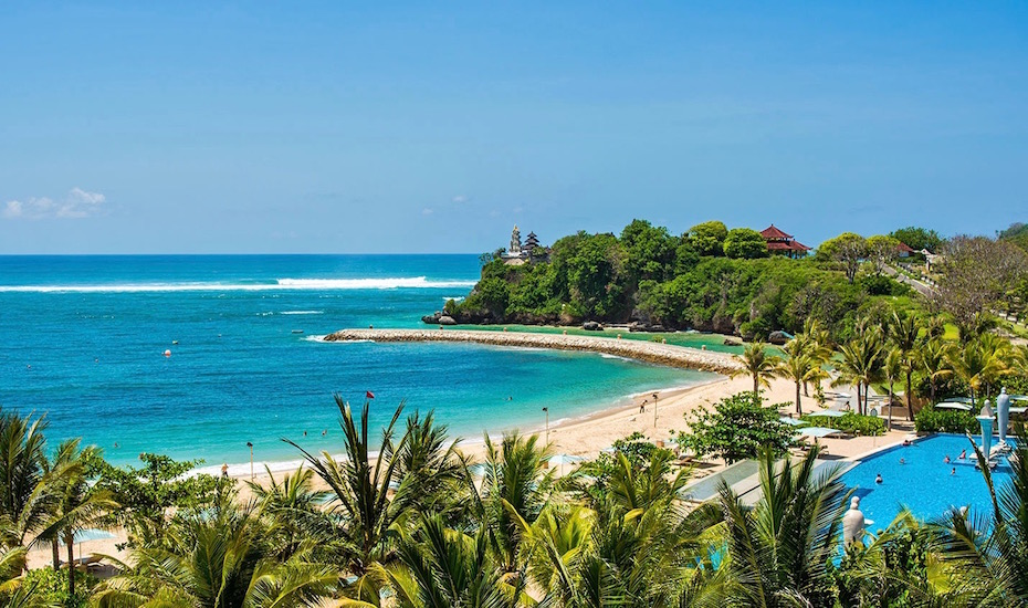 Nusa Dua Beach Best For A Family Day Out