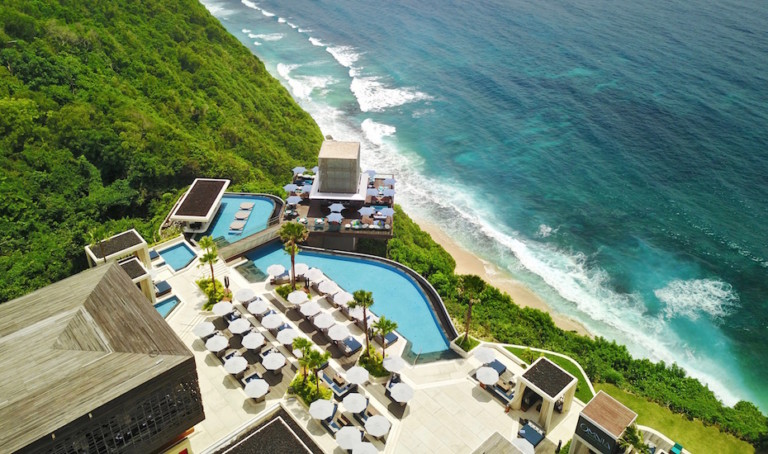 Hot News! The world-famous Hakkasan Group has arrived in Bali with the opening of OMNIA Dayclub and Sake no Hana – Champagne at the ready!