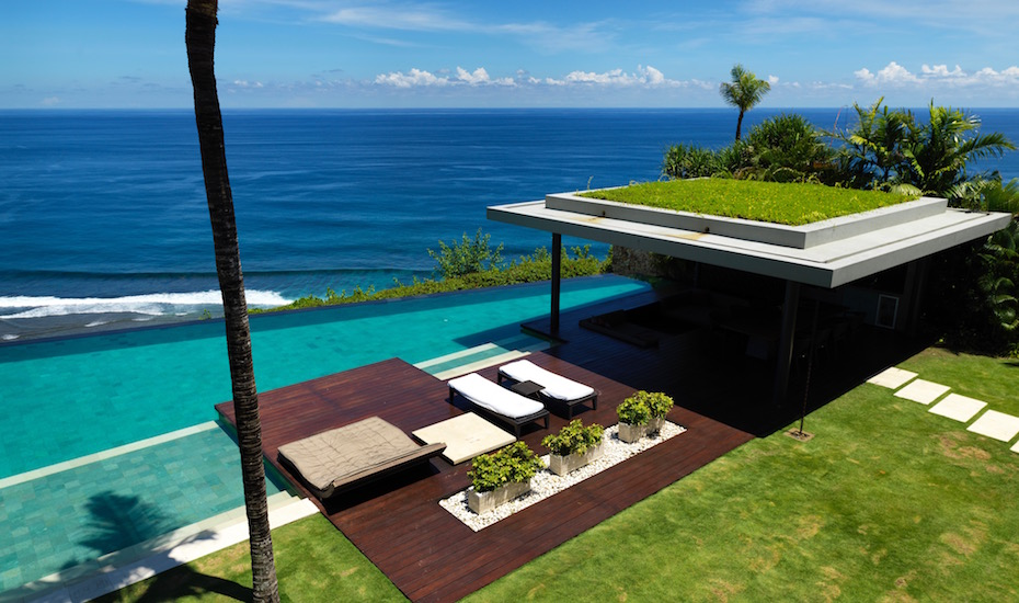 Villa Crush of the Month: The heavenly Villa Jamadara at The Ungasan Clifftop Resort