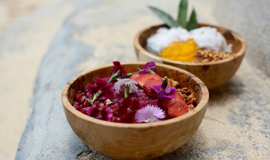 Where to eat in Uluwatu Bali - Sundays Beach Club