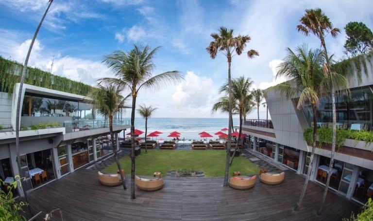 We spent the day at KU DE TA – Bali's OG beach club with euphoric beats & front-row sunset seats