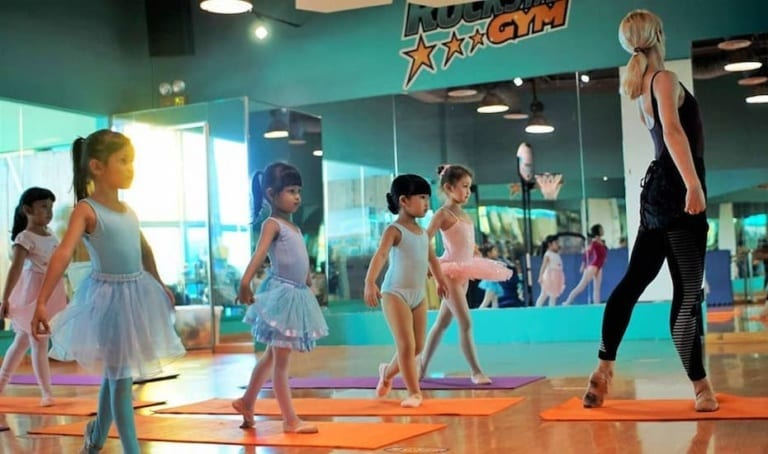 Fun things to do with kids in Jakarta: Ice skating, indoor park, zoo, amusement parks and more