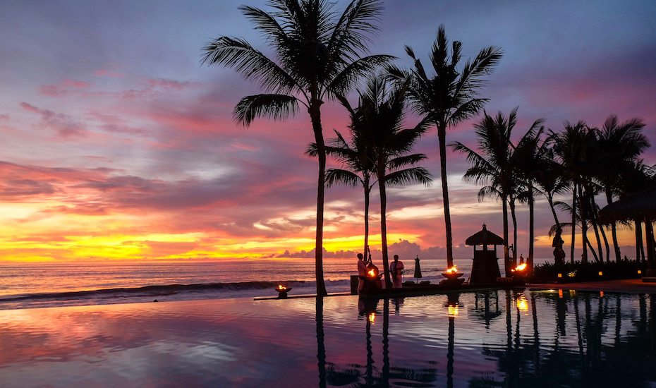 Four delicious date night ideas for a romantic dinner at The Legian Bali