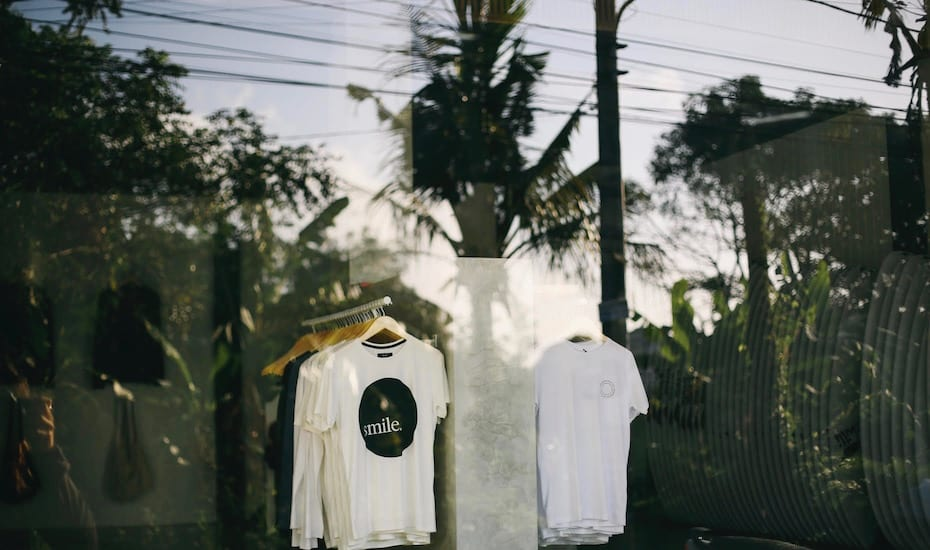 Shopping in Canggu - Smile Clothing - Bali