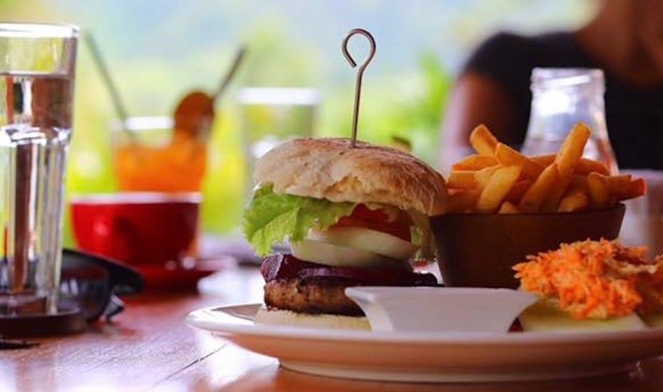 Kuta Lombok - Kampung Cafe