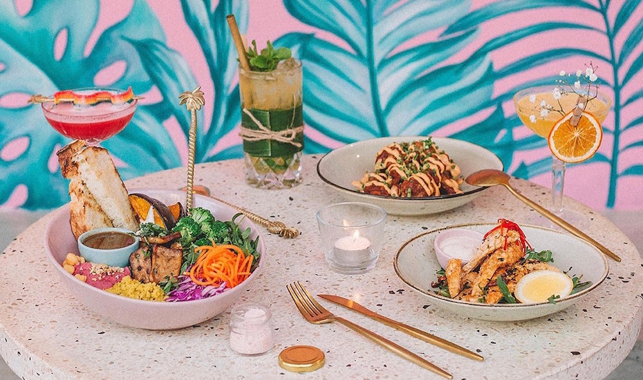 The best vegan restaurants in Bali: Where to find plant-based menus & vegetarian-friendly food you'll LOVE!