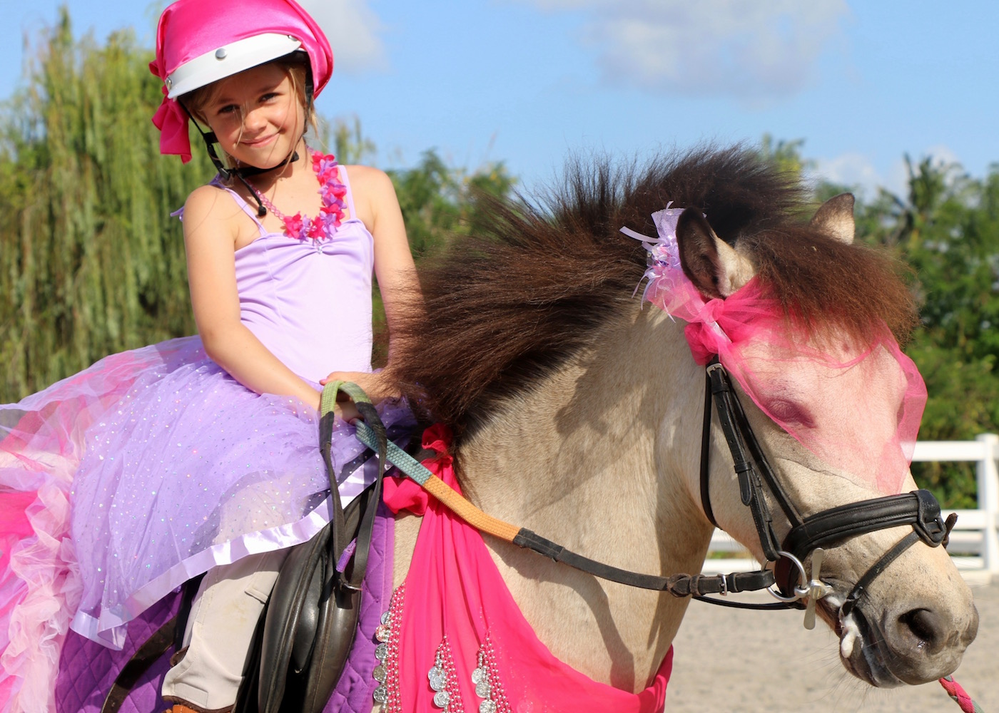 Things to do with kids in Canggu - Take them horse riding