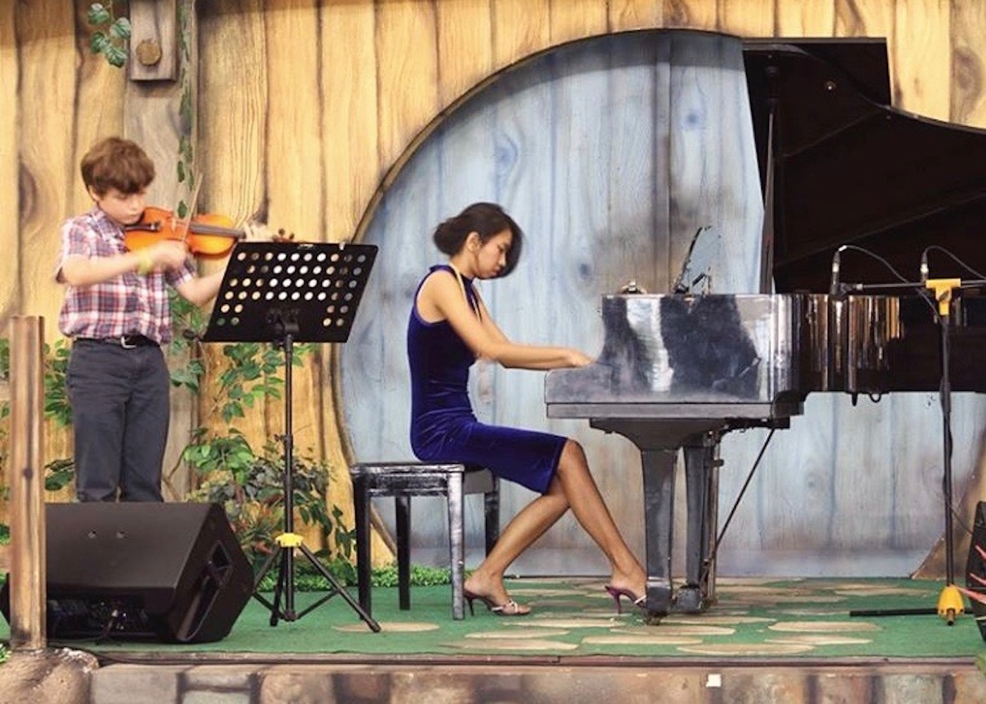 Looking for music lessons in Bali? Meet Ensiklomusika Music School – a musical education studio for kids & adults