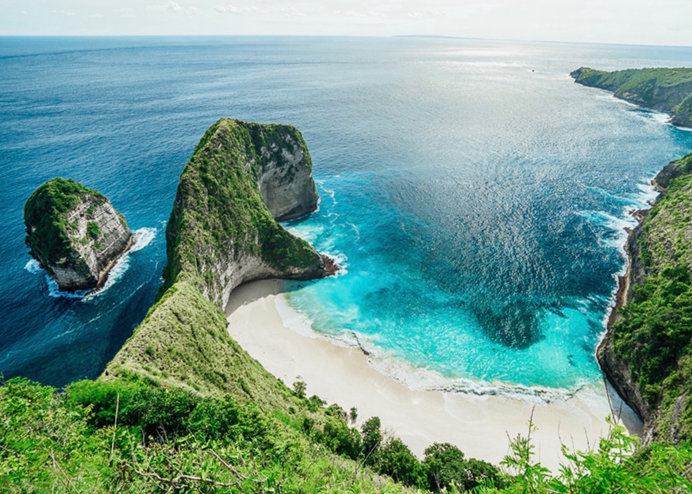 Aerial view of Kelingking Beach at Nusa Penida Island, Bali, Indonesia