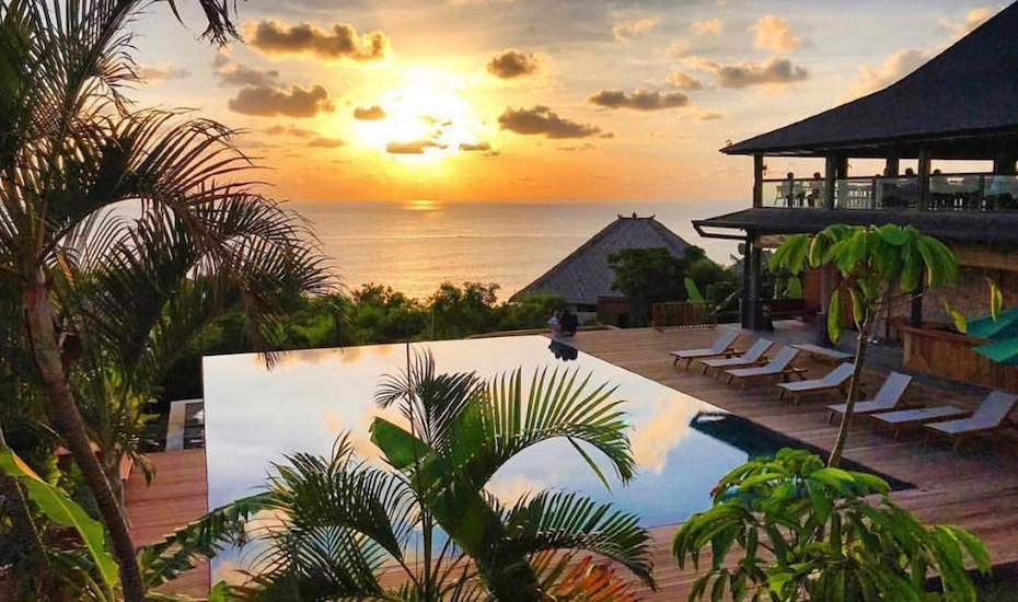 33 Infinity Pools In Bali That Ll Take Your Breath Away