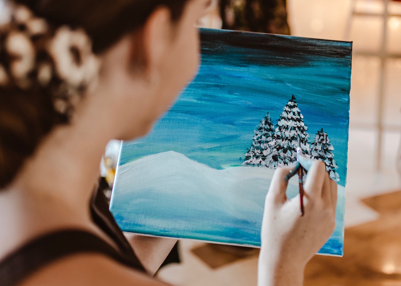 Try this: An Art & Wine workshop at DFS Bali, with Christmas carols & plenty of festive cheer!