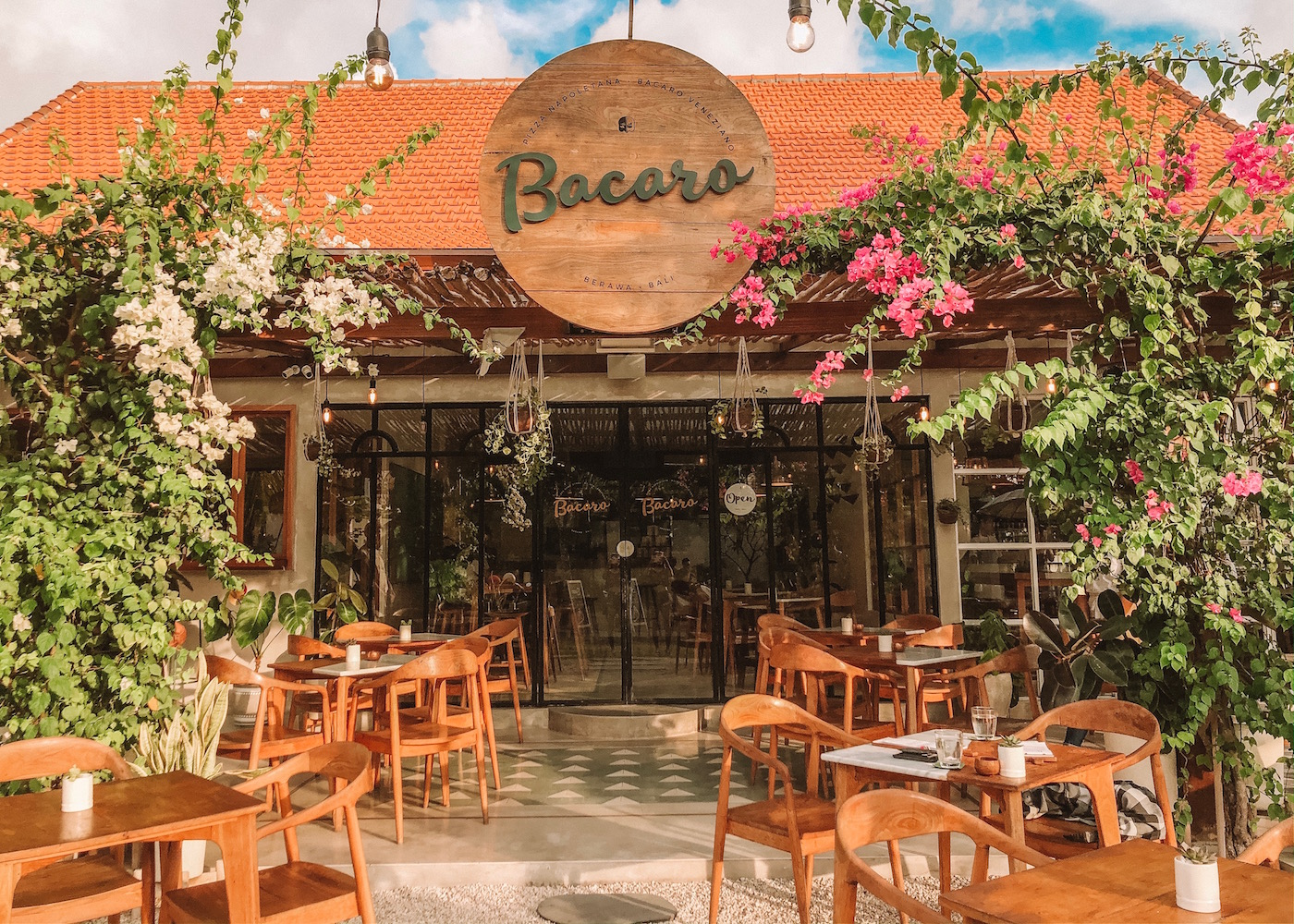 Love Italian? Head to Bacaro in Berawa for authentic Neapolitan pizza and traditional Venetian tapas