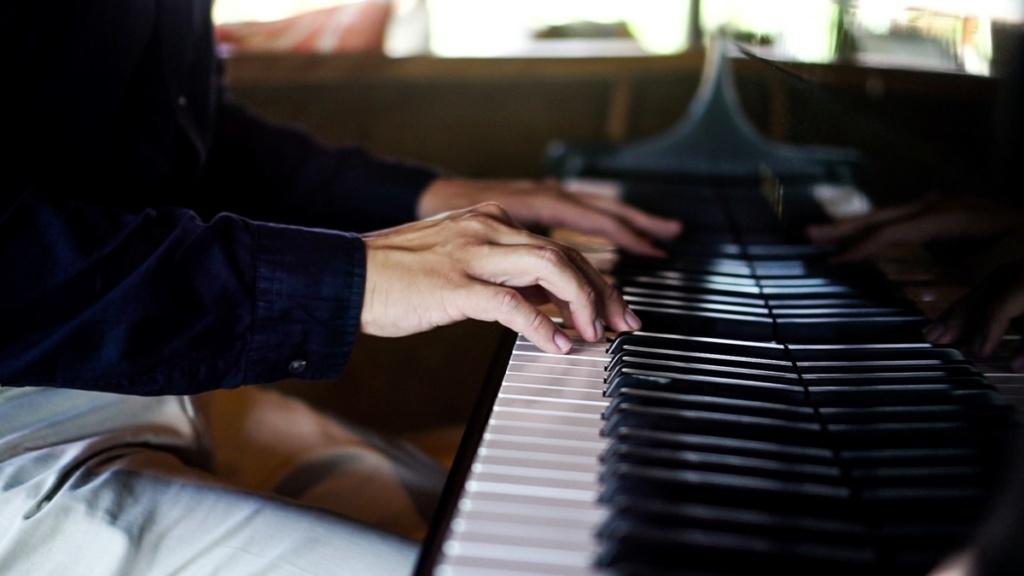 Open Piano