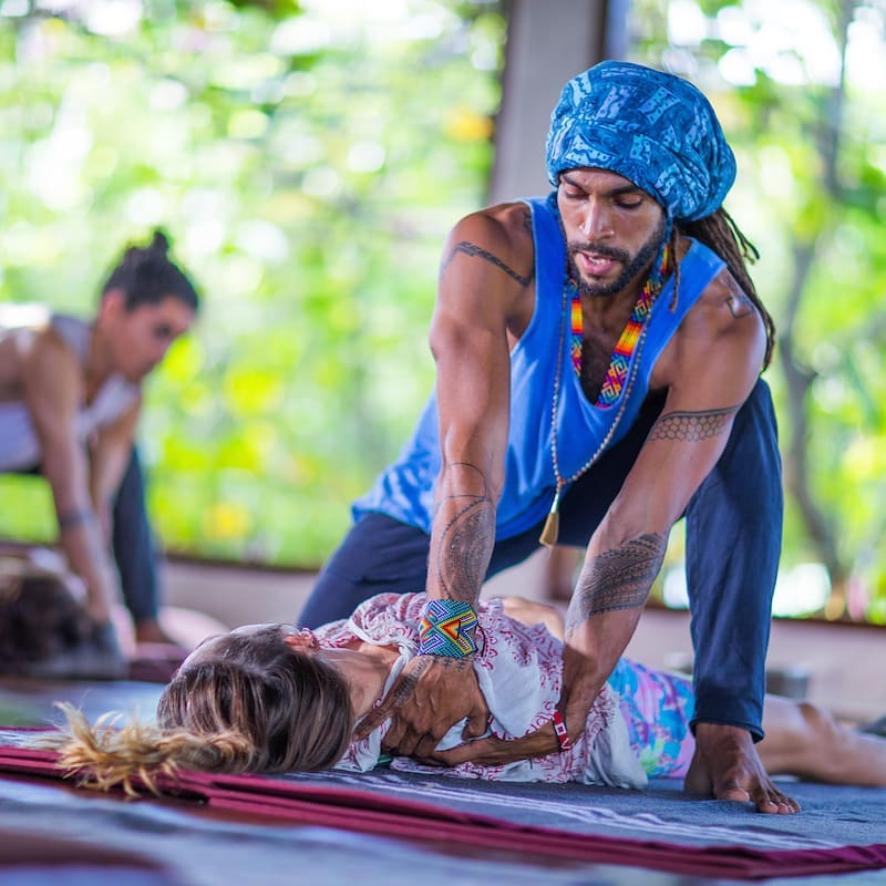 THE ART OF HEALING TOUCH – Thai Yoga Massage & Fascia Universe 100hr Healing Arts Training