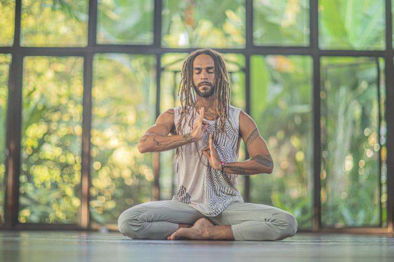 INFINITE CIRCULARITIES – Embodying the Art of Flow  100hr Deepening Yoga Teacher Training