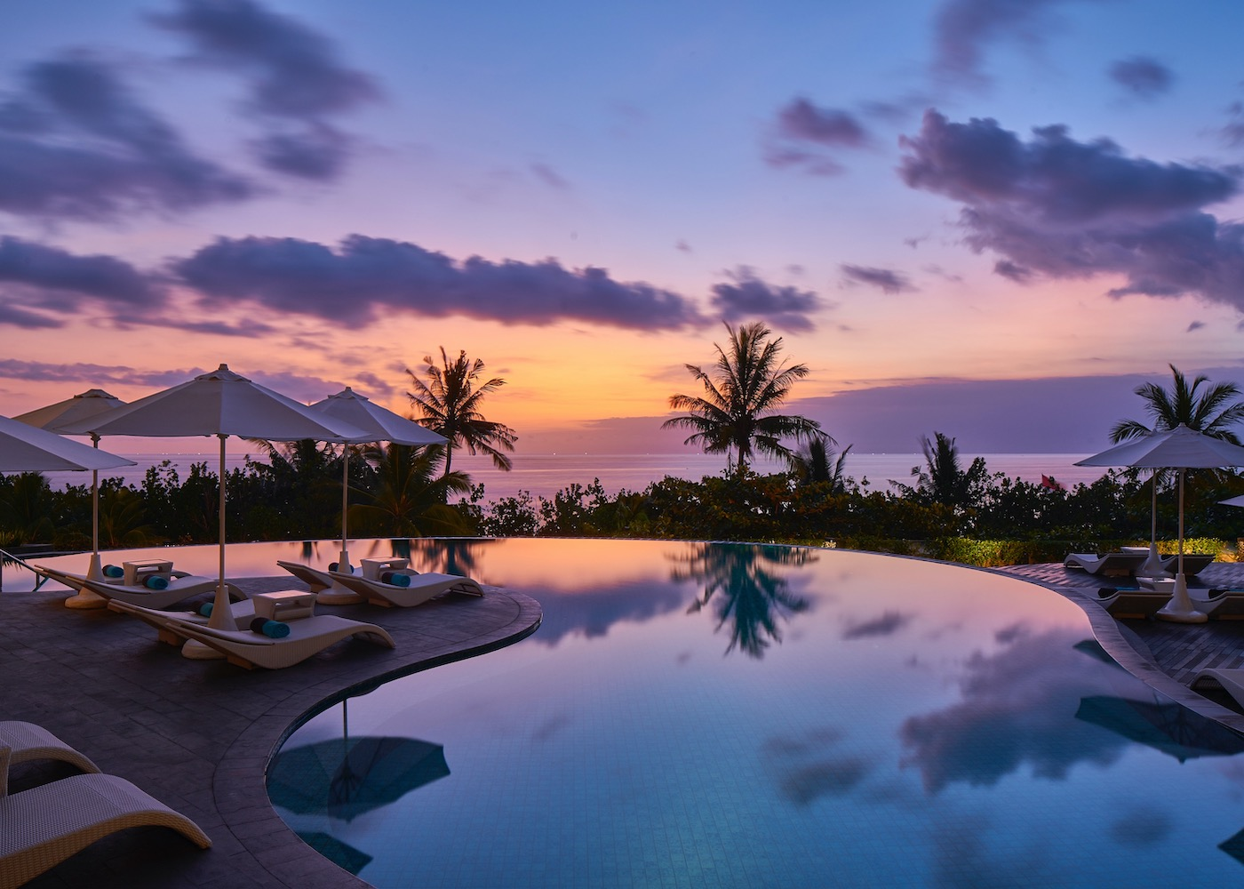 This hotel package at Sheraton Bali Kuta Resort is upping your island vacay with special perks & experiences!