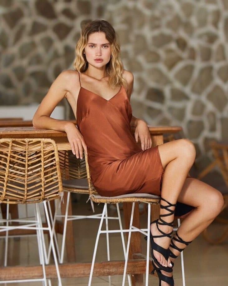 Fashion for less – Little Joe Woman