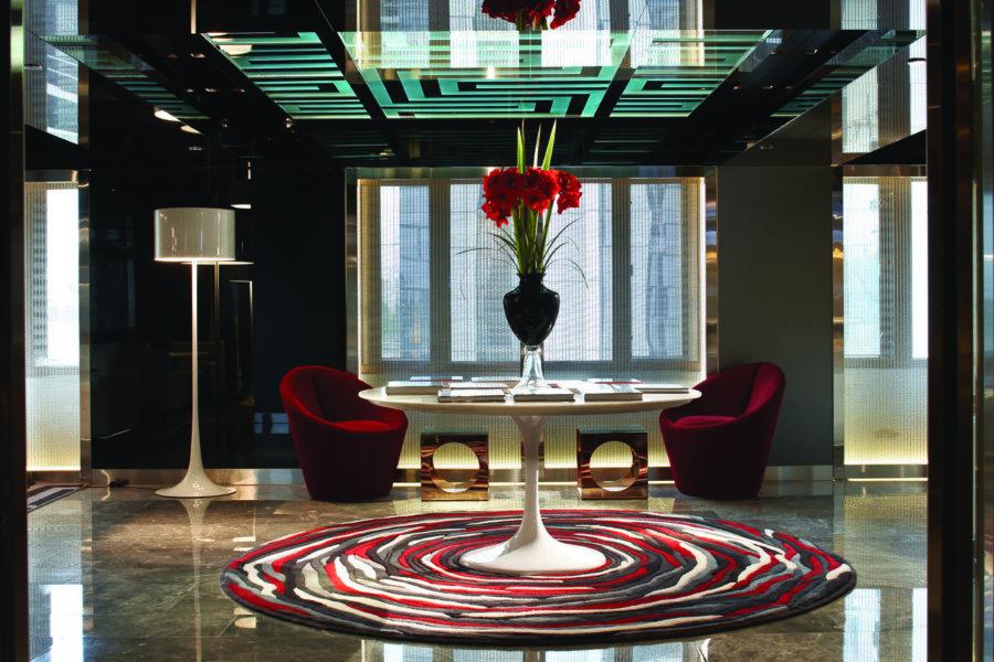 The Mira Hong Kong hotel club lounge interior