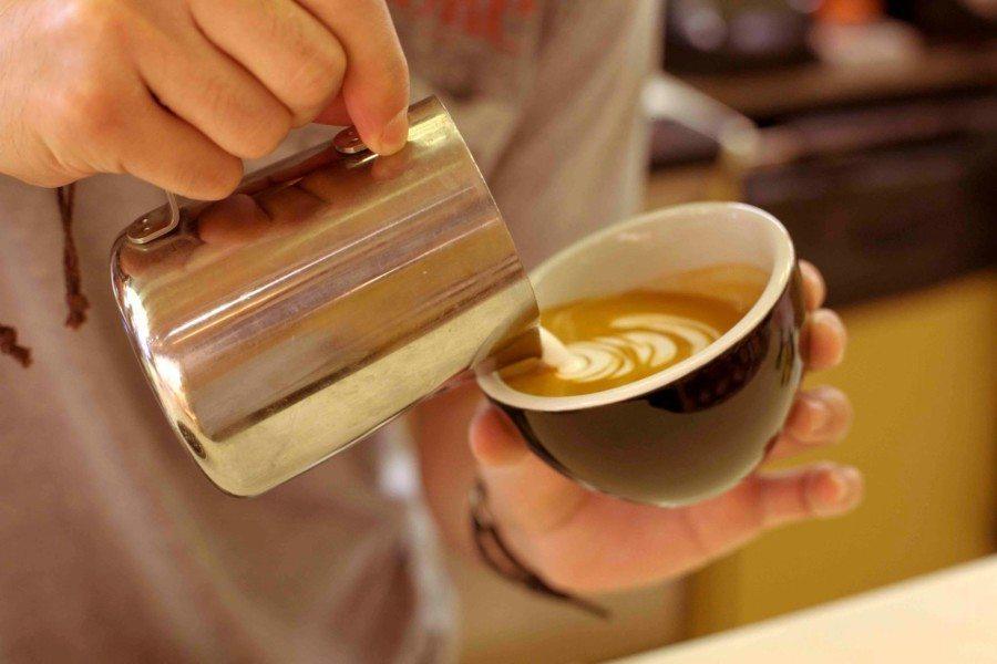 cafes in Hong Kong hazel & Hershey coffee pouring