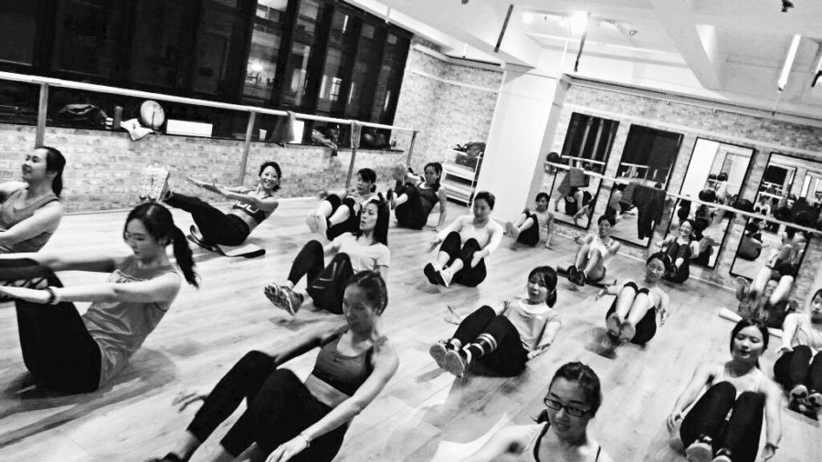 barre studios in Hong Kong Defin8 Fitness Hong Kong barre class barre studio