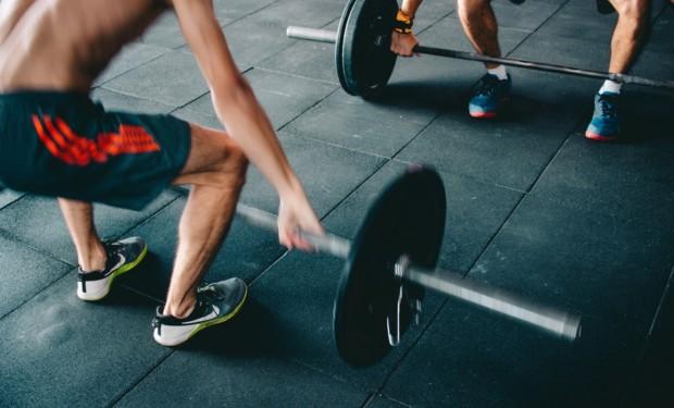 fitness studios in Hong Kong man lifting weights