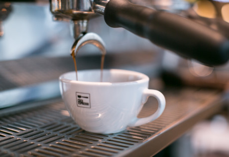 cafes in hong kong dripping coffee