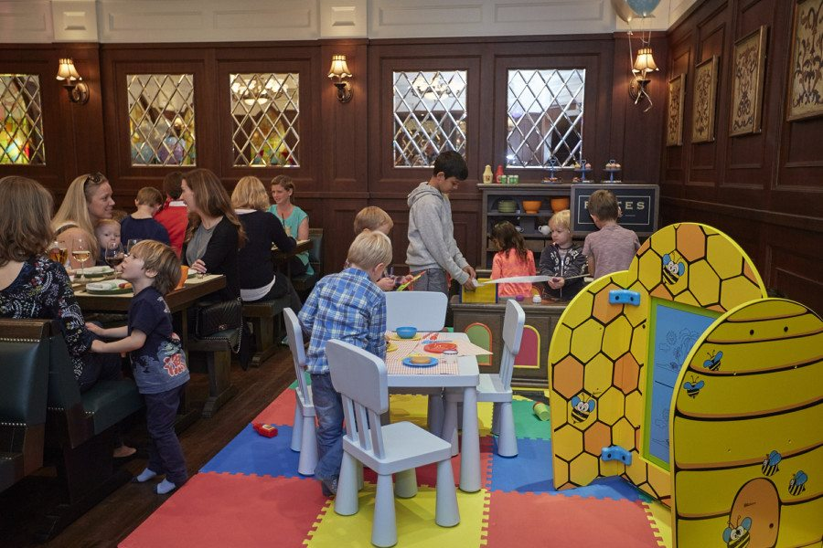 child-friendly restaurants kids corner at Frites