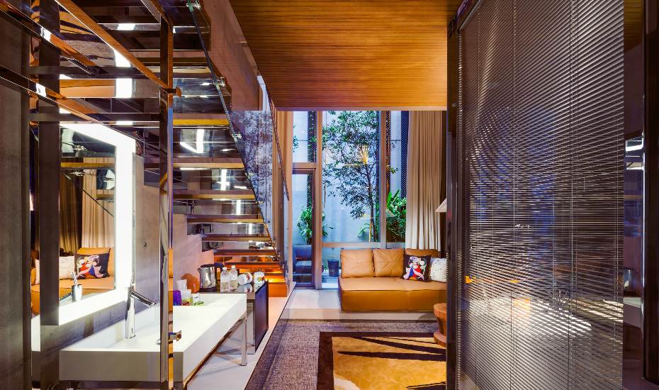 Boutique hotels in Singapore: Honeycombers reviews M Social in Robertson Quay