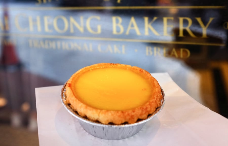best egg tarts in hong kong tai cheong bakery