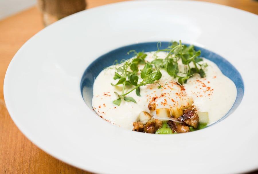 Egg Onsen Upper Modern Bistro