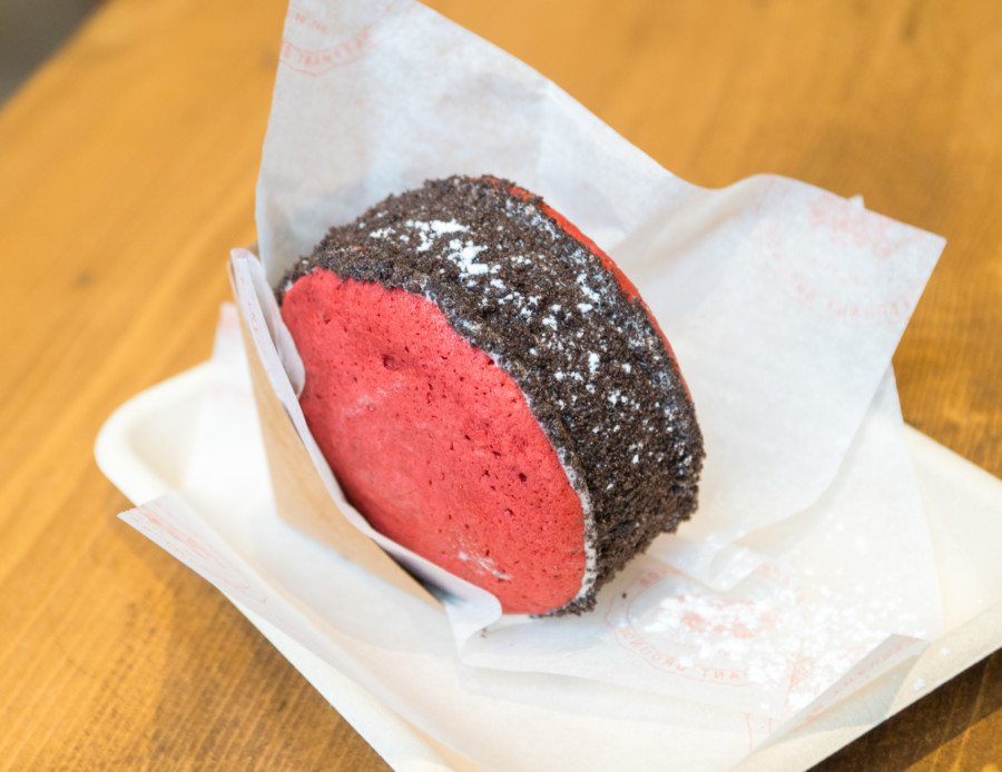 Hong Kong ice-cream shops Red Velvet Oreo Smash Ice Cream Sandwichat Elephant Grounds