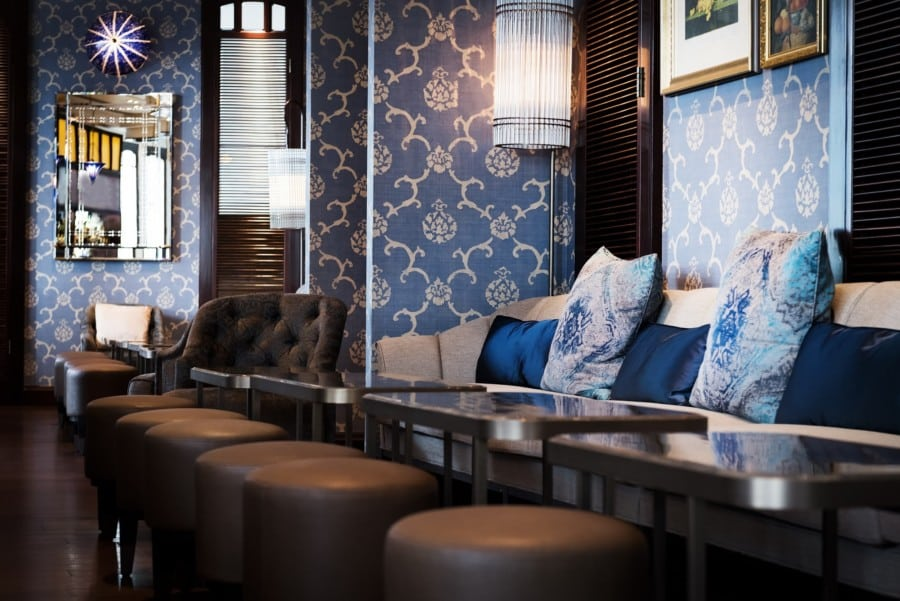 best bars in Hong Kong Lobster Bar & Grill