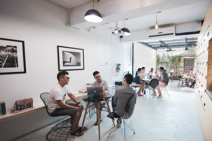 coworking spaces in Hong Kong the desk