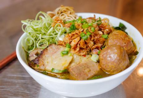 Co Thanh Vietnamese restaurant Central Hong Kong Bun bo hue