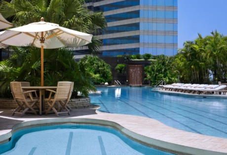 wan chai hotels Grand Hyatt swimming pool