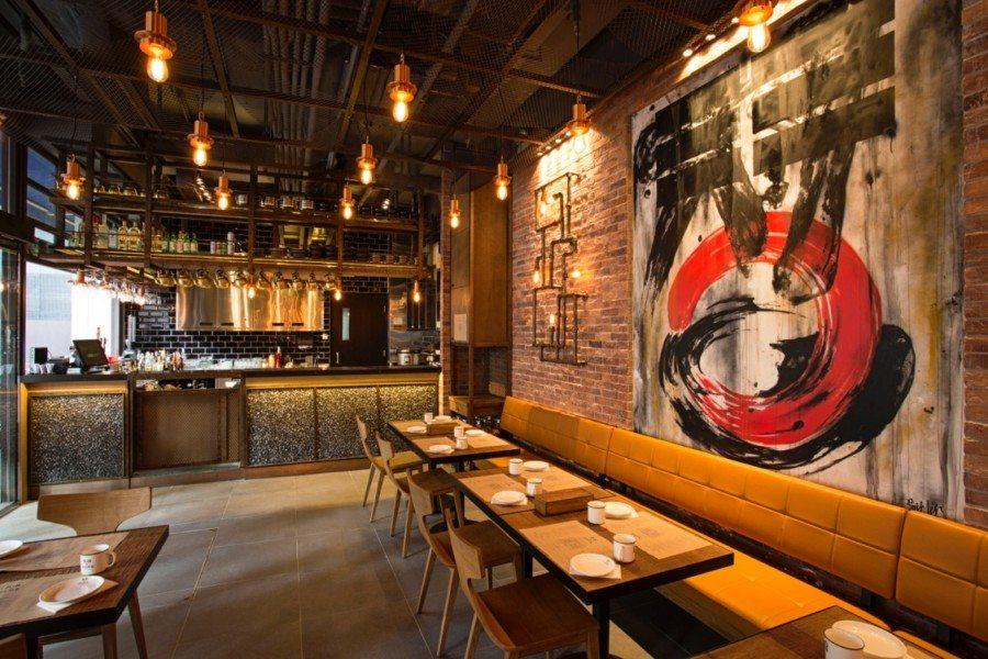 Bib n Hops refined interior of restaurant