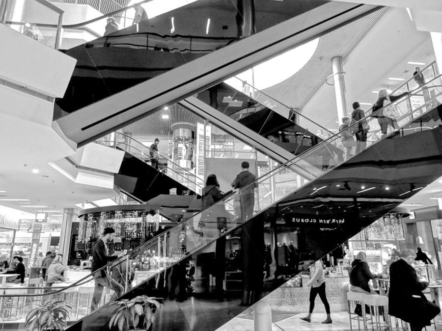 what to do in singapore Mustafa-Centre Singapore shopping electronics fashion fabric lifestyle