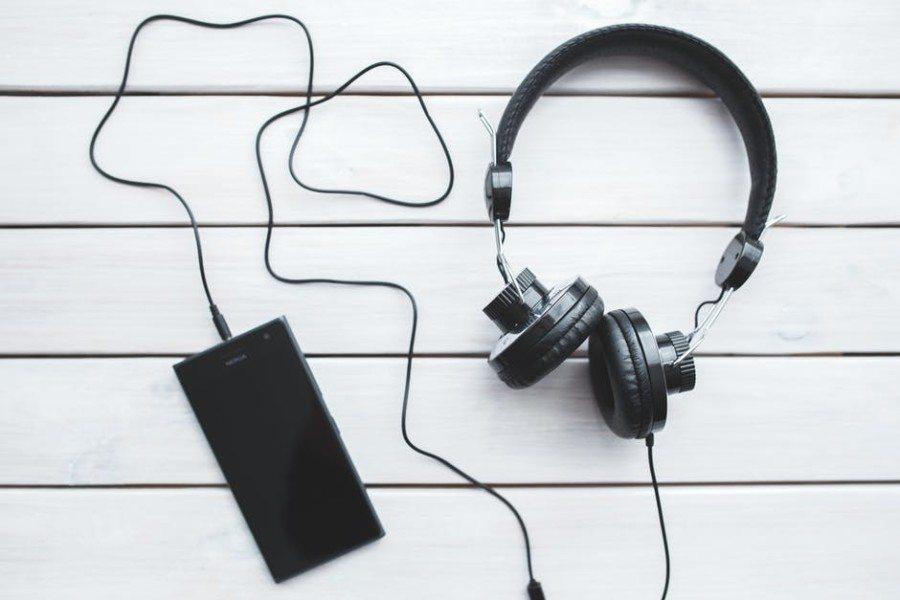 gifts for men gift ideas headphones earphones