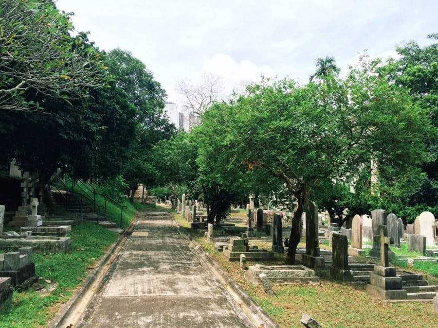 Hong Kong Cemetery Mong Kok Free things to do in Hong Kong things to do in Hong Kong Hong Kong attractions places to visit