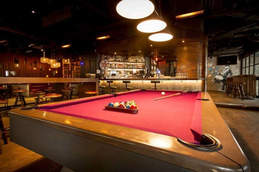 Rula Bula irish bars in Hong Kong pool table