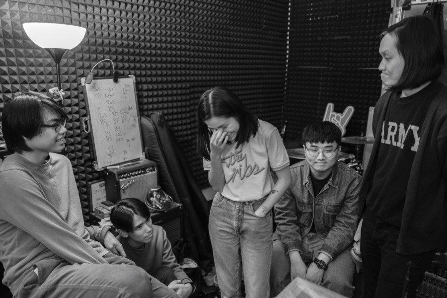 Thud Hong Kong shoegaze band indie black and white