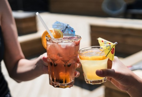 best happy hours Hong Kong cocktails