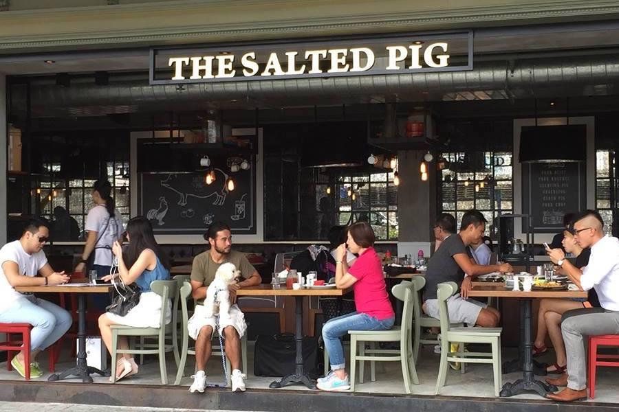 The Salted Pig Hong Kong Tsim Sha Tsui dog friendly cafes