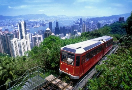 the peak tram hong kong tourist attraction